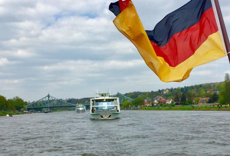 Flottenparade am Blauen Wunder Dresden