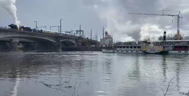Video - Dampfer und Lok