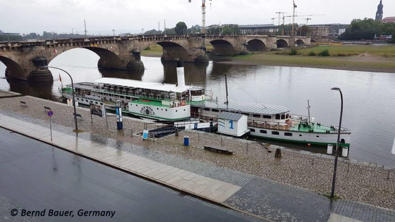 """PD """"Dresden"""" am Terrassenufer"""