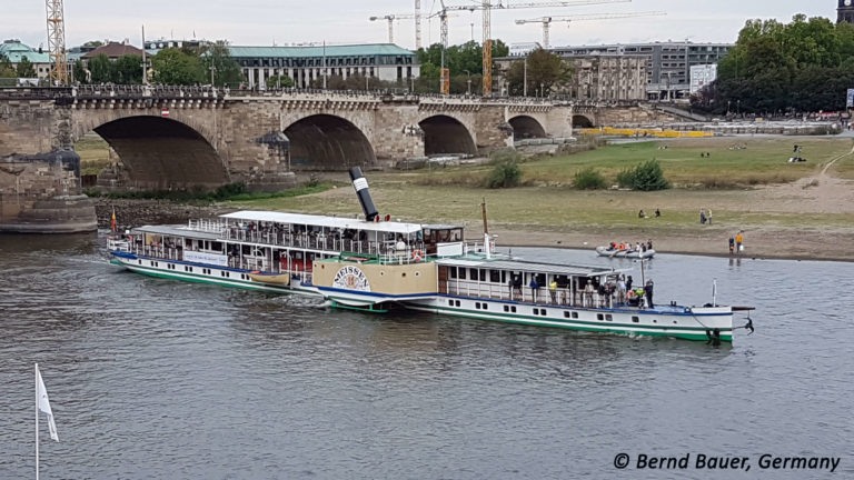 """PD """"Meissen"""" an der Augustusbrücke"""